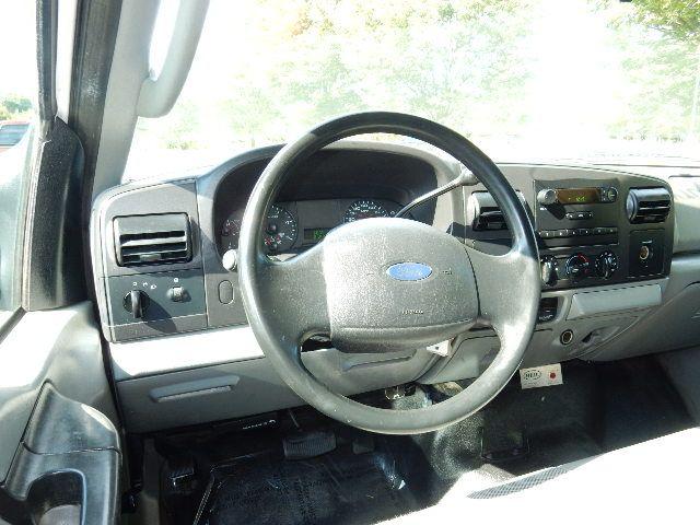 2005 Ford Super Duty F-550 DRW XL Leesburg, Virginia 16