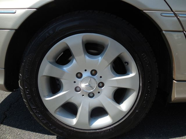 2005 Mercedes-Benz C240 2.6L 4MATIC Leesburg, Virginia 33