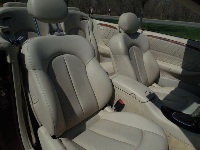 2005 Mercedes-Benz CLK500 5.0L Leesburg, Virginia 32