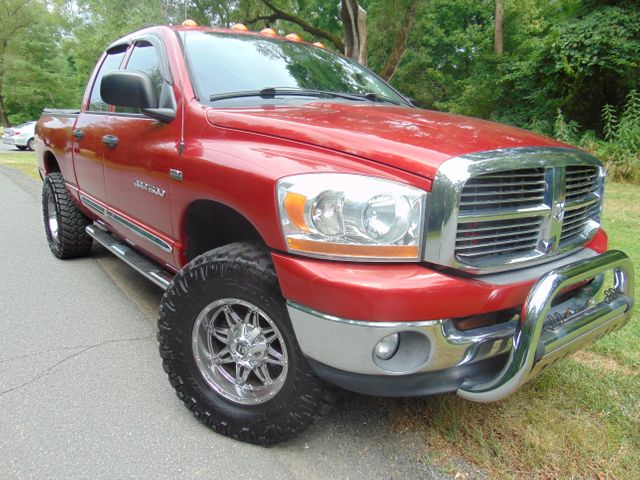 2006 Dodge Ram 1500 SLT 4X4 Leesburg, Virginia 1