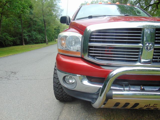 2006 Dodge Ram 1500 SLT 4X4 Leesburg, Virginia 7