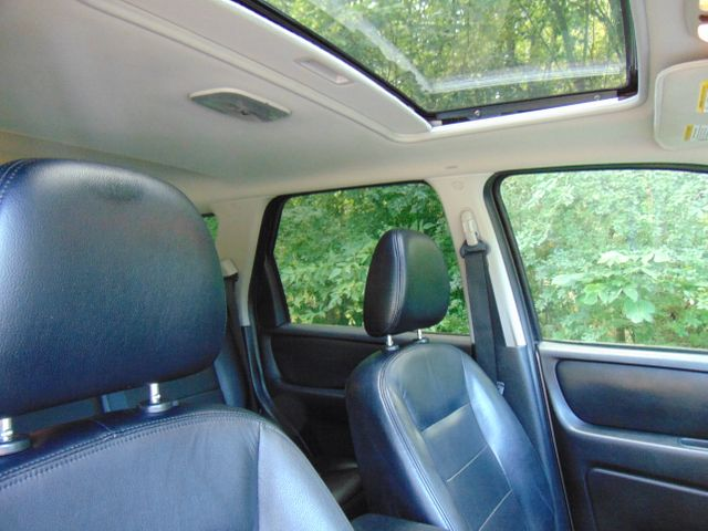 2006 Ford Escape Limited Leesburg, Virginia 25