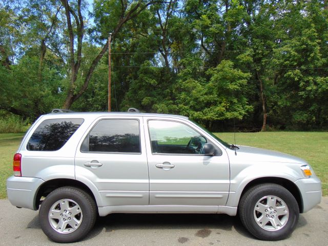 2006 Ford Escape Limited Leesburg, Virginia 4