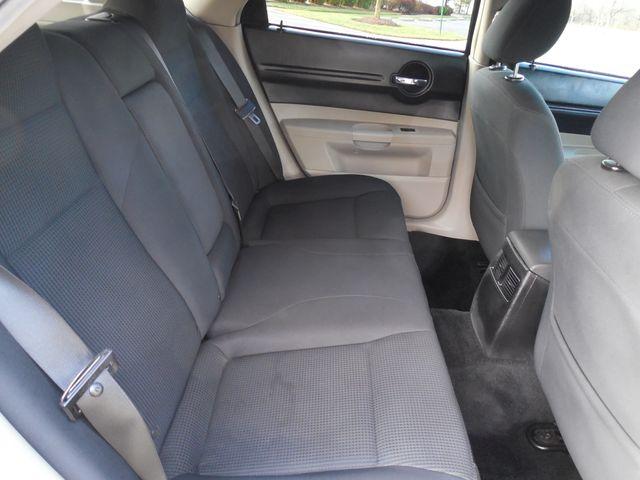 2007 Dodge Magnum SE Leesburg, Virginia 32