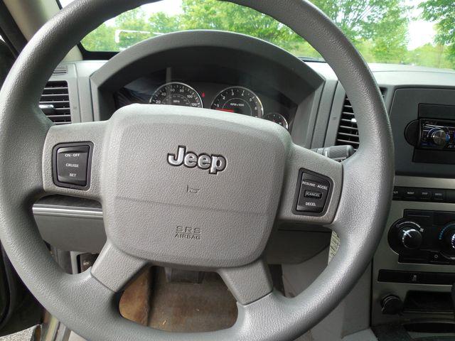 2007 Jeep Grand Cherokee Laredo 4X4 Leesburg, Virginia 12