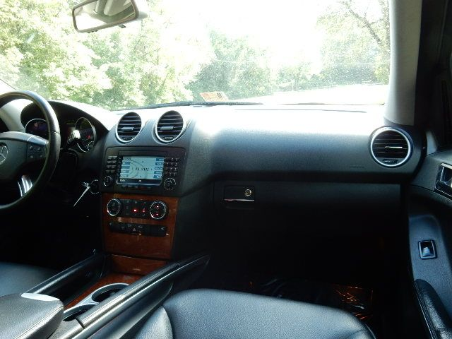 2007 Mercedes-Benz ML350 3.5L AWD Leesburg, Virginia 19