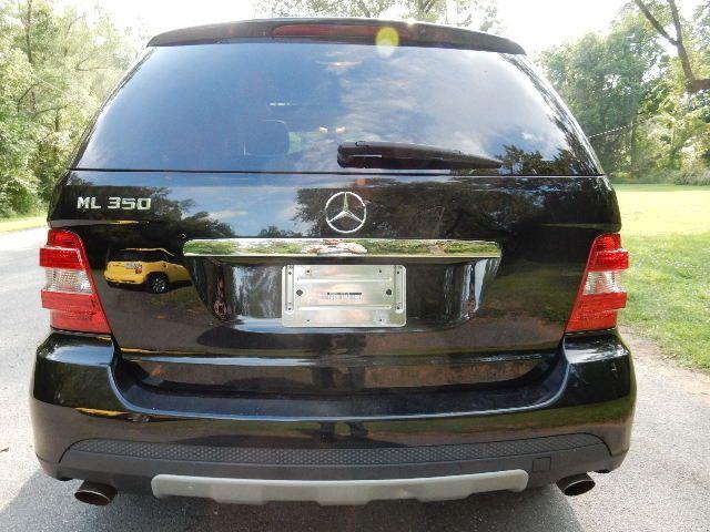 2007 Mercedes-Benz ML350 3.5L AWD Leesburg, Virginia 7