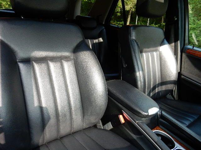 2007 Mercedes-Benz ML350 3.5L AWD Leesburg, Virginia 12
