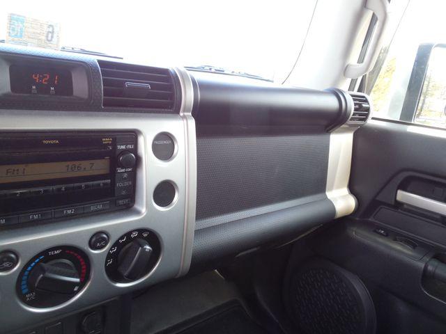 2007 Toyota FJ Cruiser 6-SPEED MANUAL W/OFF ROAD PKG Leesburg, Virginia 46