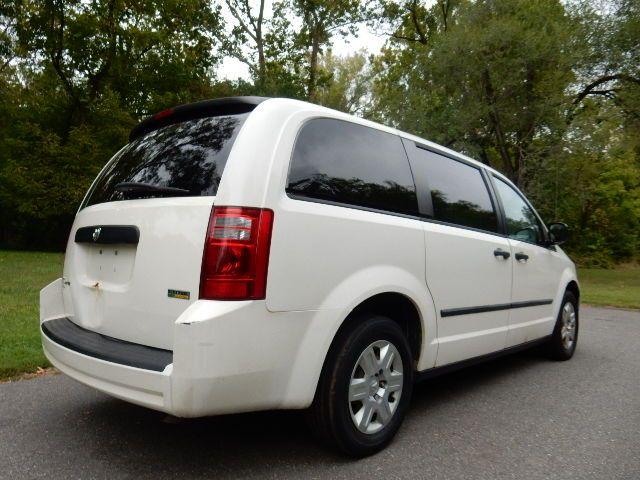 2008 Dodge Grand Caravan SE Leesburg, Virginia 4