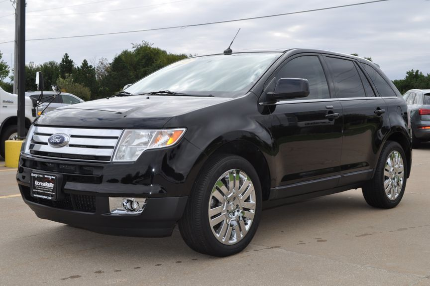 Ford Edge Limited In Bettendorf Iowa