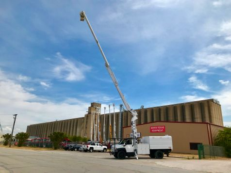 2006 GMC C7500 FORESTRY ELEVATOR BUCKET TRUCK  in Fort Worth, TX
