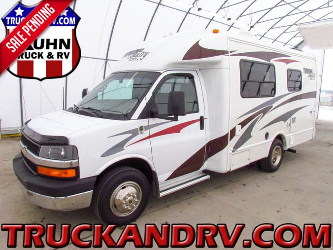 2008 R-Vision Town & Country