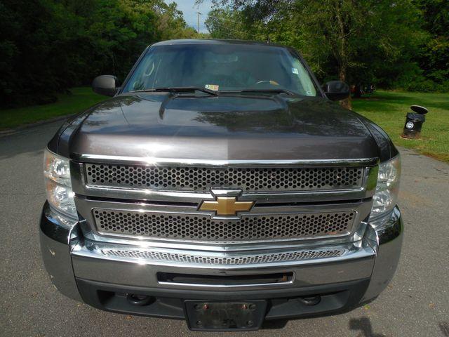 2010 Chevrolet Silverado 2500HD LT 4X4 Leesburg, Virginia 9