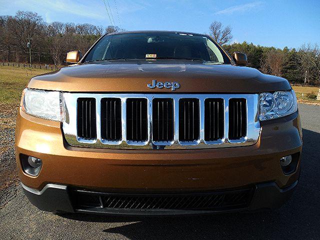 2011 Jeep Grand Cherokee  Limited Leesburg, Virginia 12