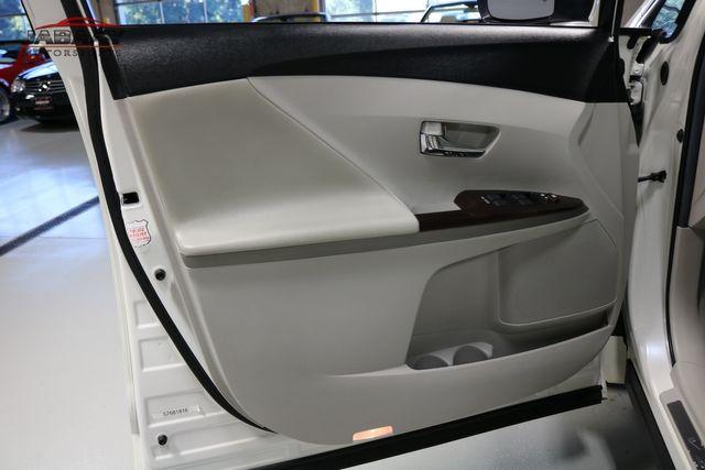 2012 Toyota Venza LE Merrillville, Indiana 24