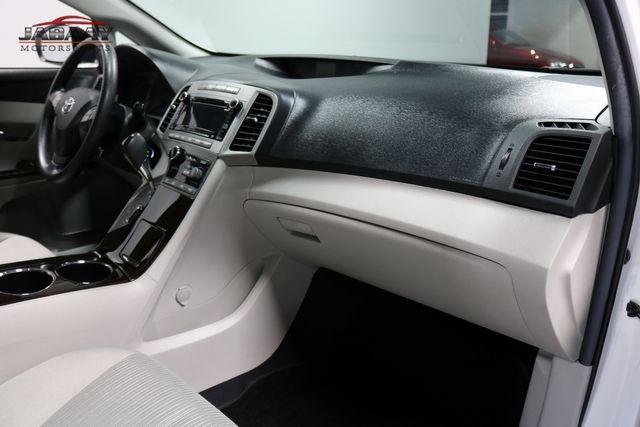 2012 Toyota Venza LE Merrillville, Indiana 16