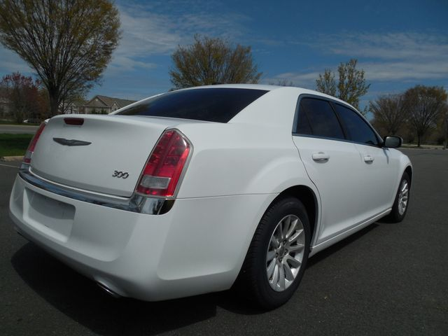 2013 Chrysler 300 Leesburg, Virginia 4