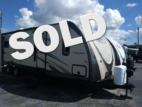 2013 Coachmen Freedom Express 297RLDS in Clearwater, Florida