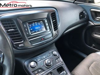2015 Chrysler 200 S Knoxville , Tennessee 35