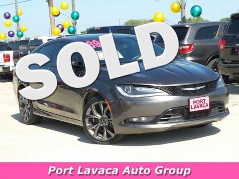 2015 Chrysler 200 S in
