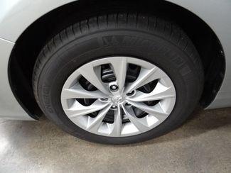 2016 Toyota Camry LE Little Rock, Arkansas 17