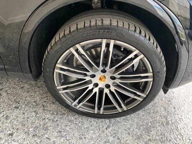 2017 Porsche Cayenne Platinum Edition Longwood, FL 41