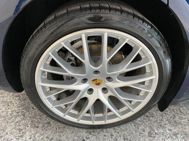 2017 Porsche Panamera Longwood, FL 43