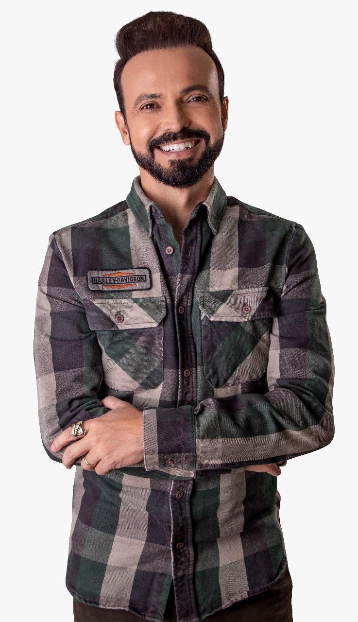 MARCELLO TEODORO AGITOU PEREIRA BARRETO, NO INTERIOR DE SP, EM EVENTO DA RÁDIO CLUBE FM