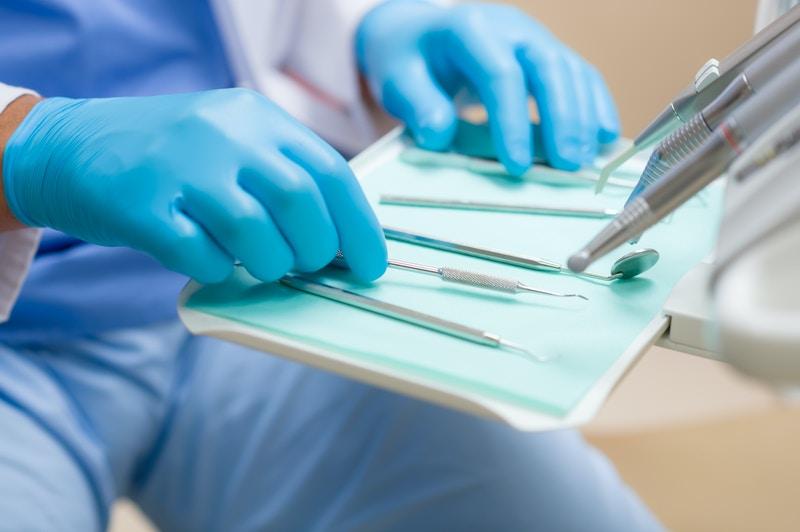 Teeth whitening and bonding