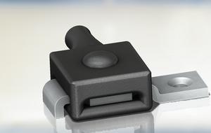 Femto switch with bracketendered