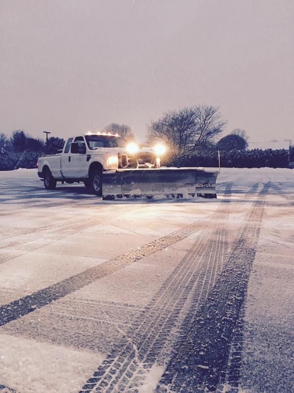 Lvl snow truck