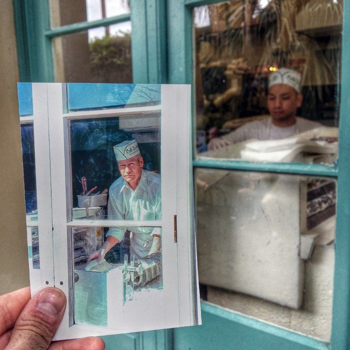 Cafe Du Monde Worker in New Orleans, Louisiana | February 1978 & April 2014 Quelle: http://pastpresentproject.com/