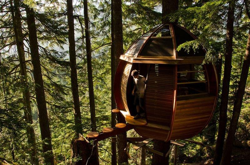The HemLoft Baumhaus in Whistler, Kanada | Quelle: https://www.flickr.com/photos/44858152@N00/6894987038/sizes/l/in/photostream/
