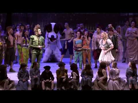 Peter Pan marriage proposal at SSE Hydro in Glasgow