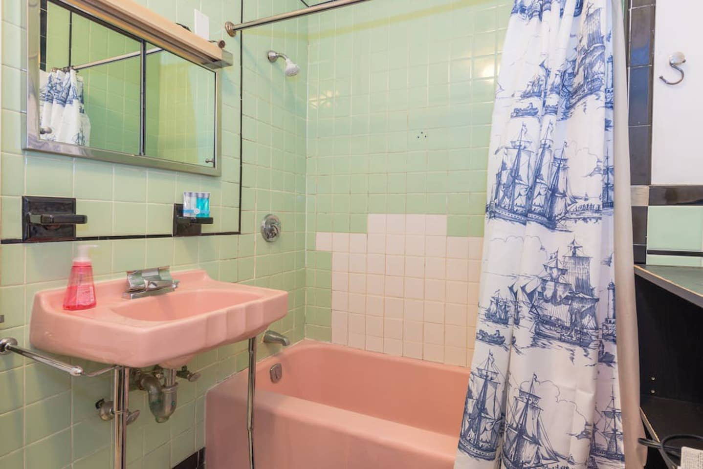 3 Beds, 1 Bath apartment in Boston, North End for $3,100