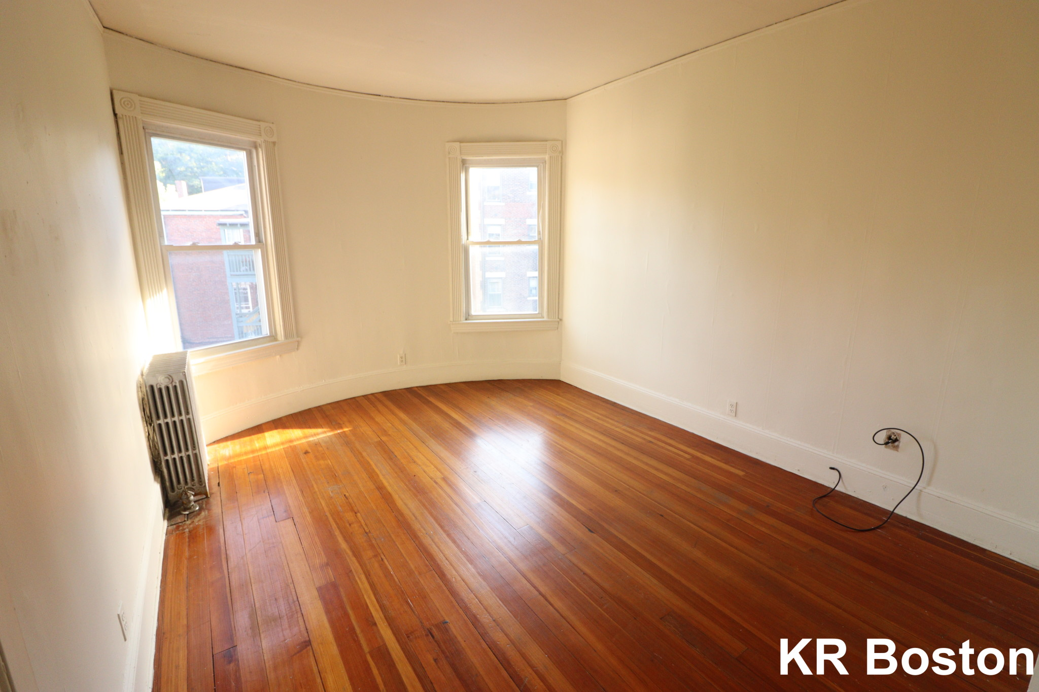 2.8 Beds, 1 Bath apartment in Brookline for $2,150