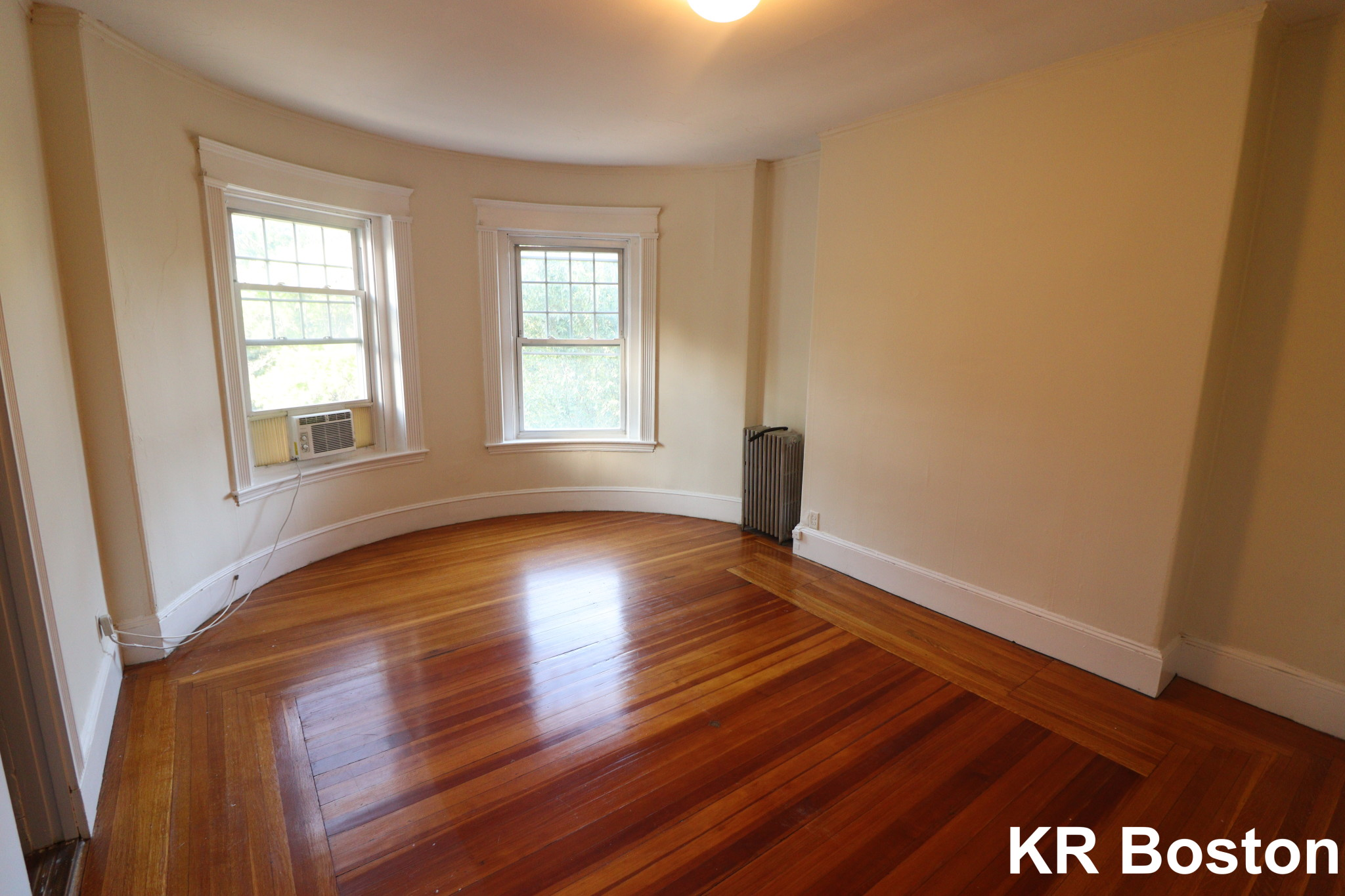 1 Bed, 1 Bath apartment in Brookline for $1,950