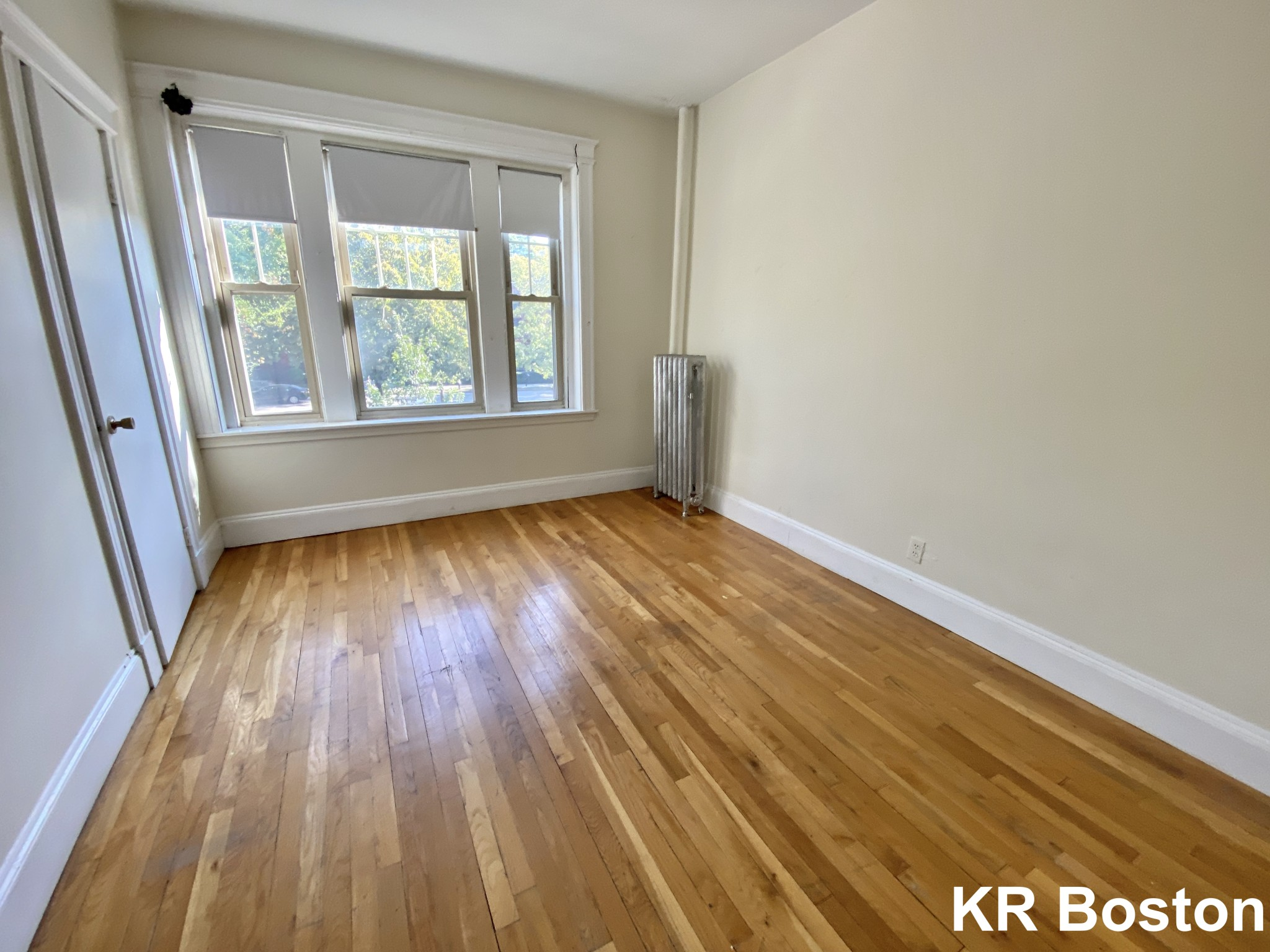 2 Beds, 1 Bath apartment in Brookline for $2,075