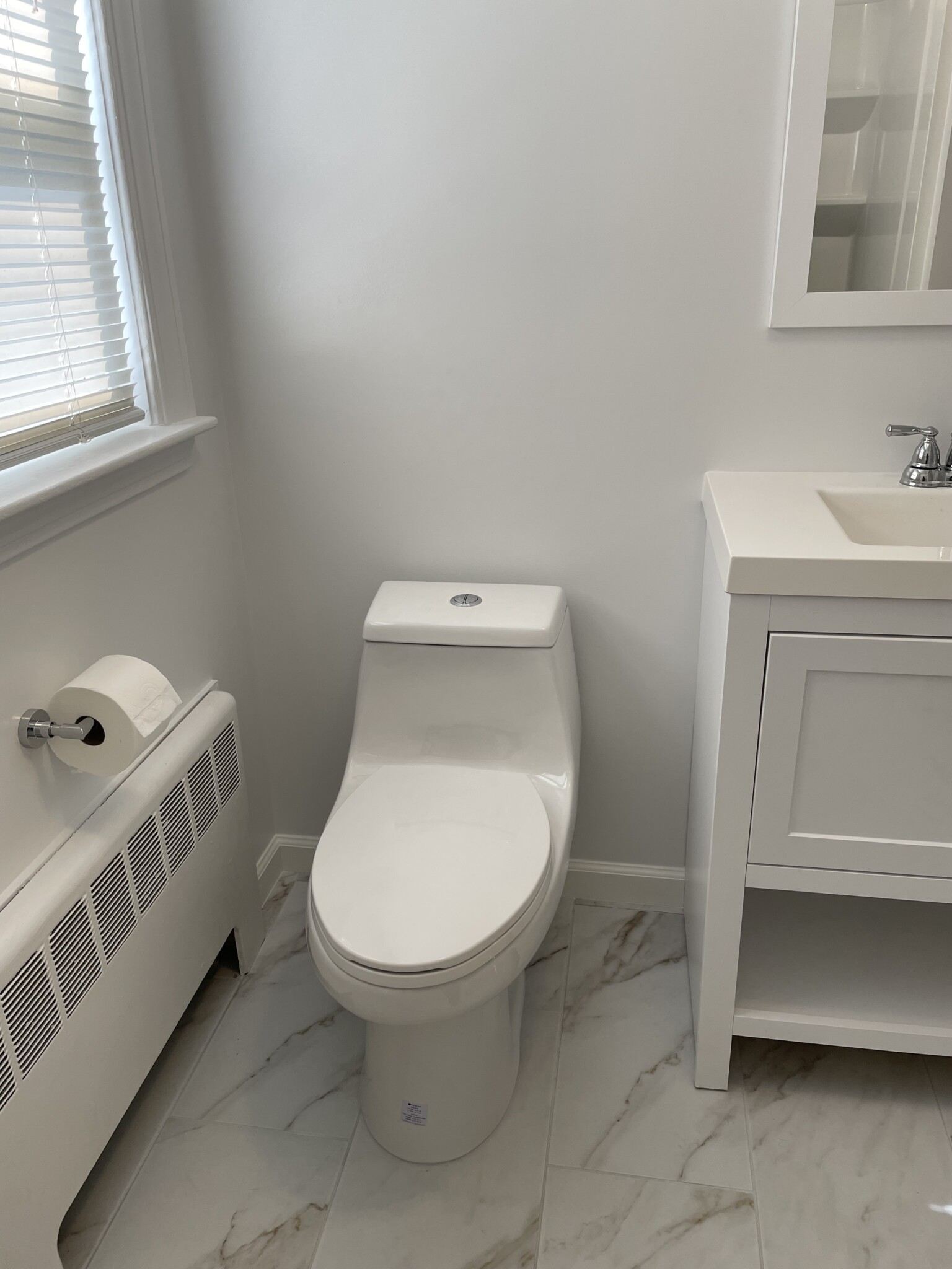 2 Beds, 1 Bath apartment in Newton for $1,800