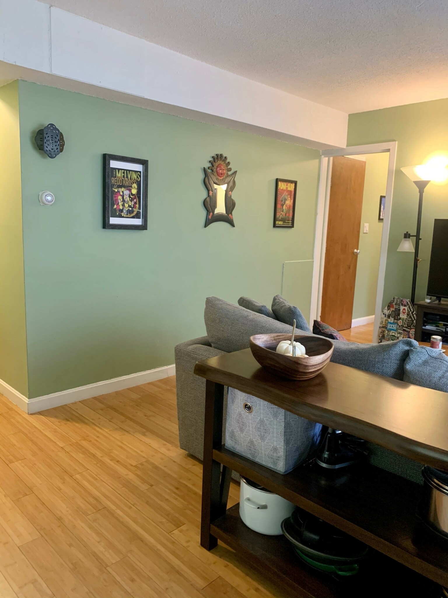 Pictures of  property for rent on Trowbridge, Cambridge, MA 02138
