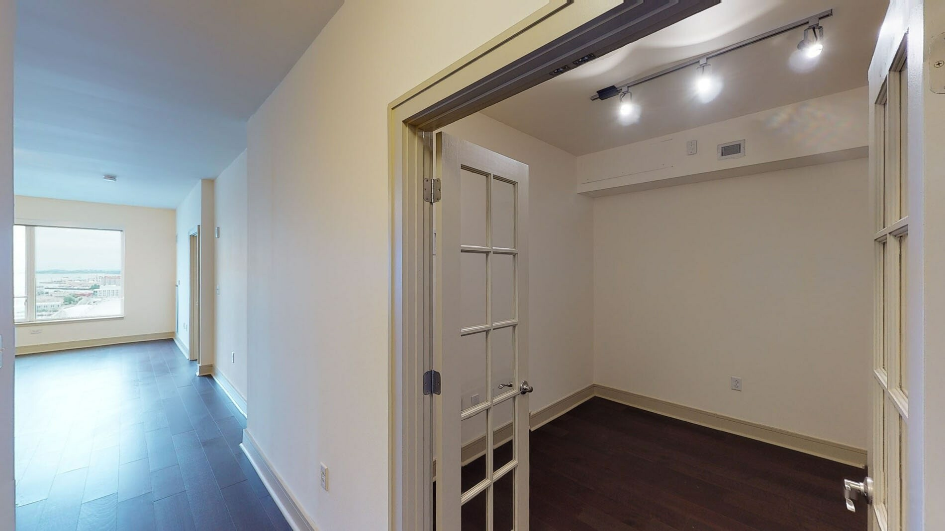 1 Bed, 1 Bath apartment in Boston, Seaport District for $4,193