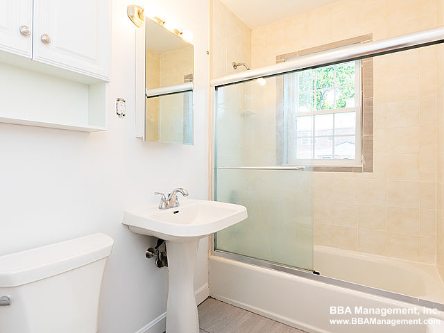 2 Beds, 1 Bath apartment in Newton for $2,800