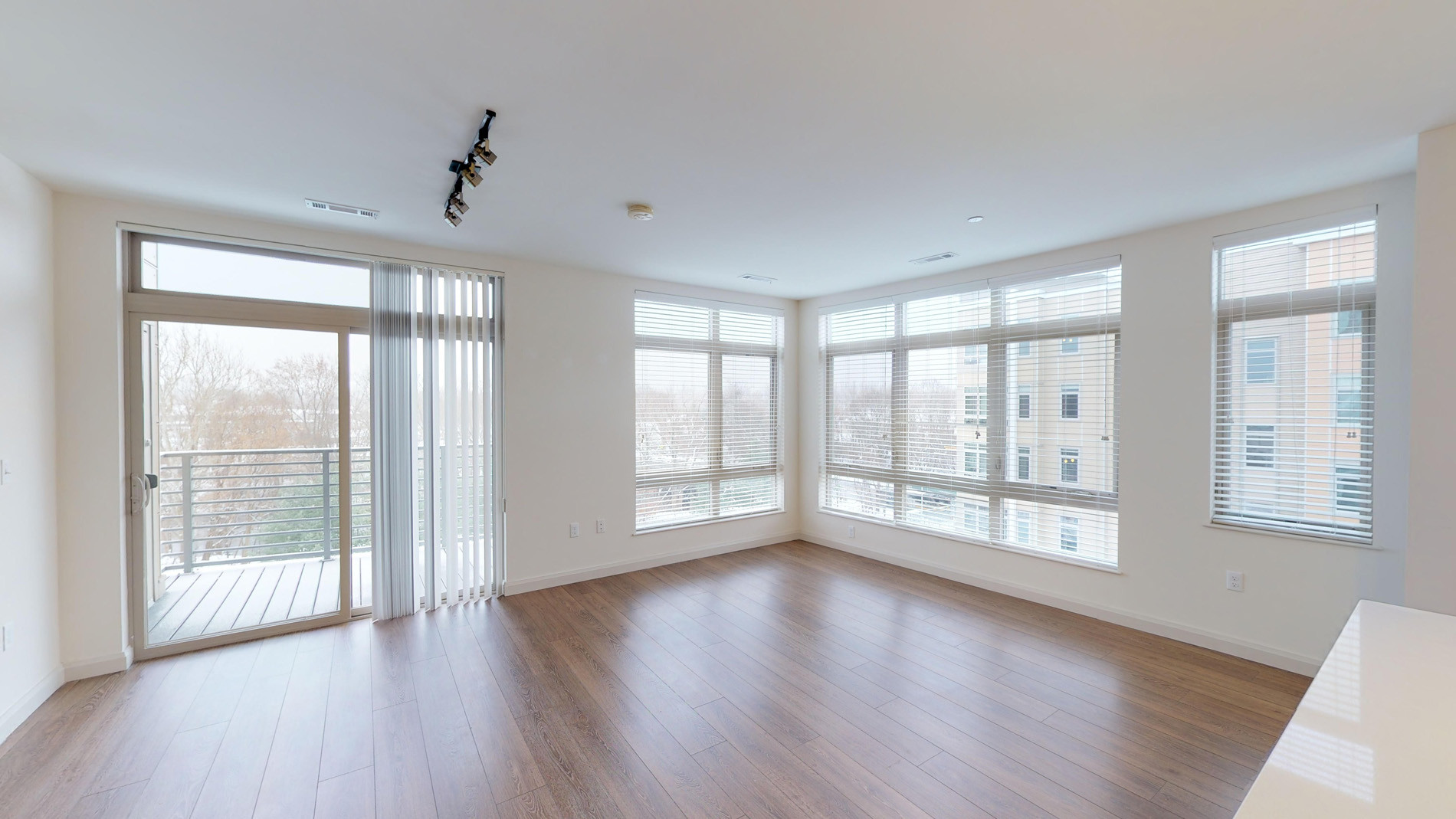 2 Beds, 2 Baths apartment in Waltham for $3,047