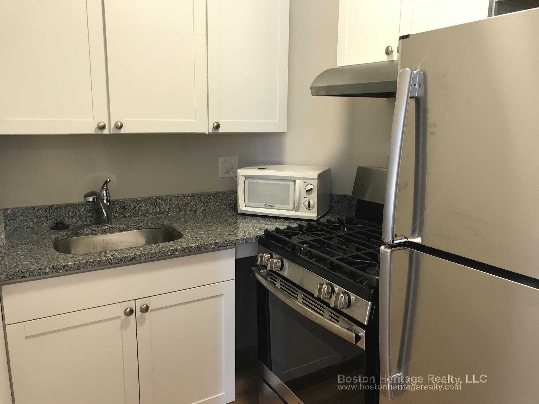 Studio, 1 Bath apartment in Boston, Fenway for $1,700