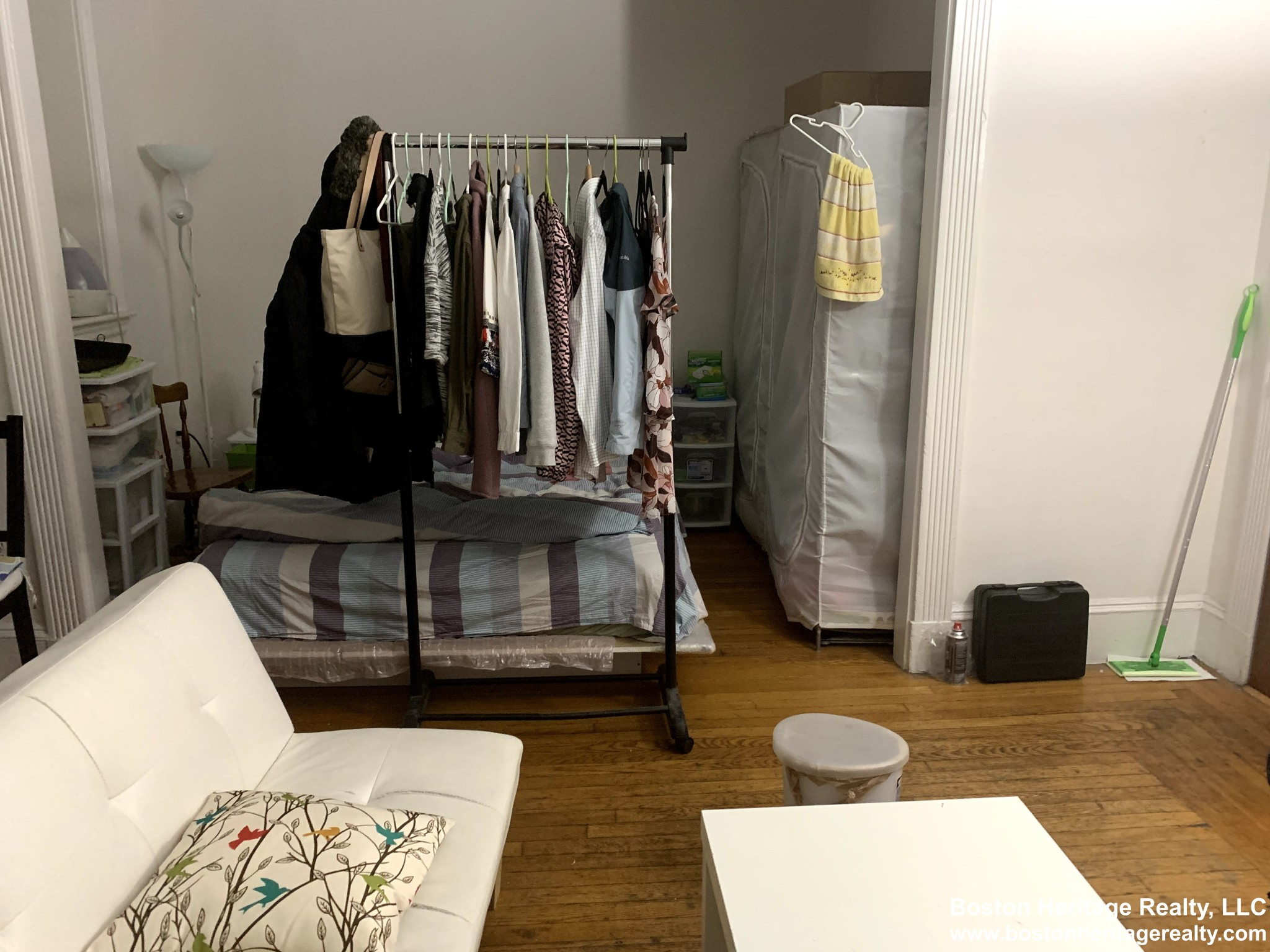 1.8 Beds, 1 Bath apartment in Boston, Fenway for $2,000