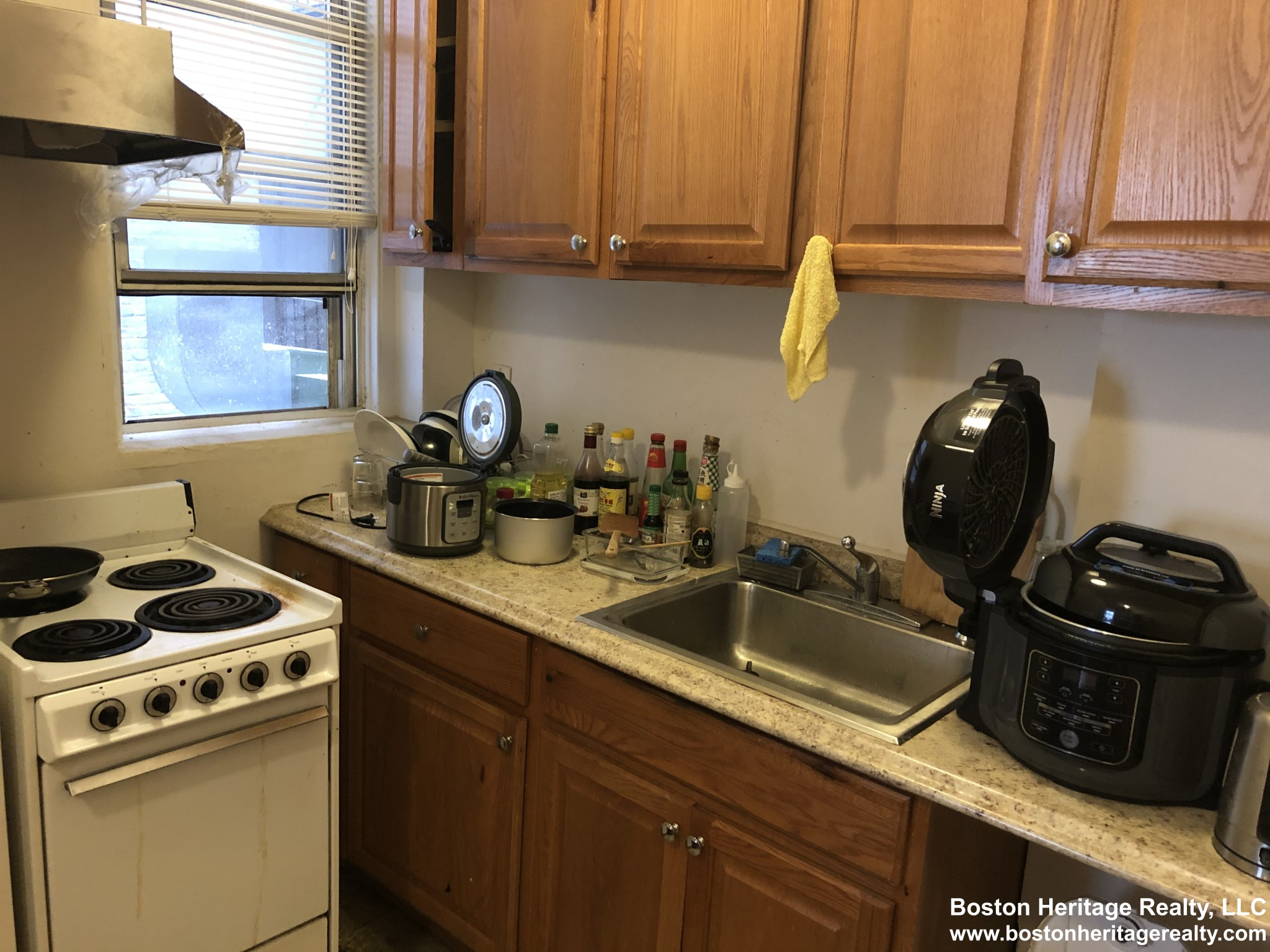 2 Beds, 1 Bath apartment in Boston, Fenway for $1,800