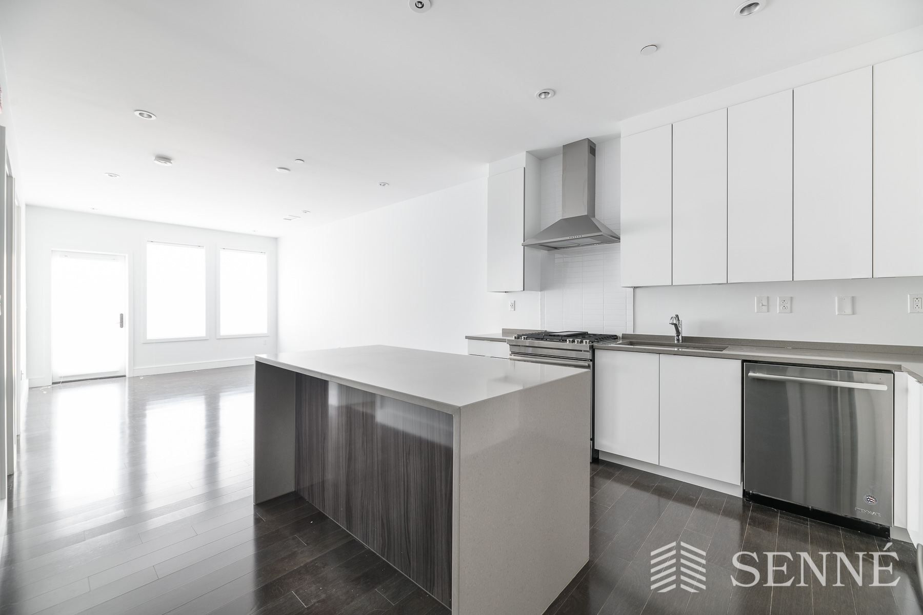 1.5 Beds, 1 Bath apartment in Boston, South Boston for $3,500