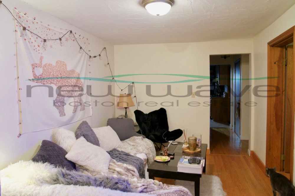 2 Beds, 1 Bath apartment in Boston, Beacon Hill for $2,775