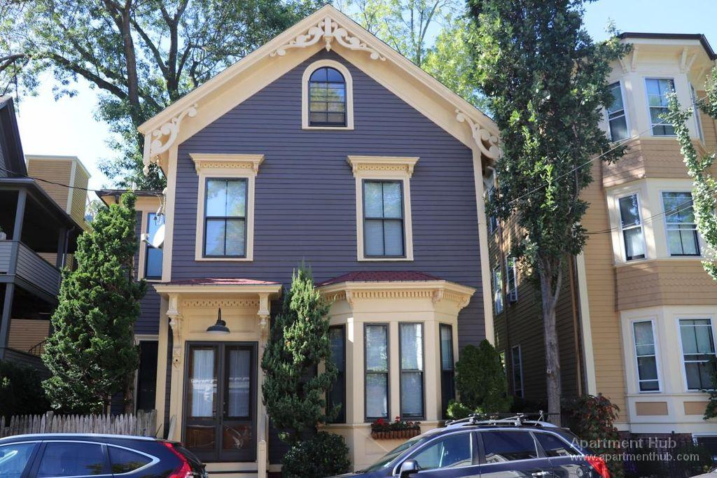 Single family house right in Harvard Square.